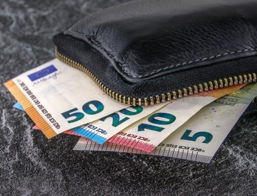 Eltern bekommen 2021 mehr Kindergeld